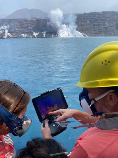 El buque Ramón Margalef finaliza la investigación sobre los efectos del volcán en el medio marino