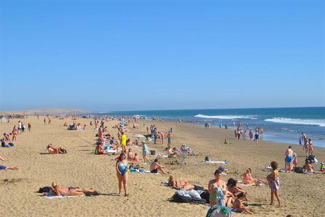 Tenerife y Gran Canaria, entre los diez destinos favoritos de los españoles este verano