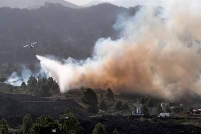 Logran perimetrar el fuego en El Paso y concentran los esfuerzos en El Cabrito
