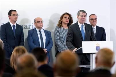 Clavijo dice que se abre una nueva etapa política en Canarias