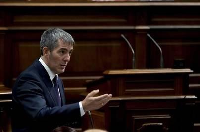 Clavijo con el único apoyo de ASG en el Parlamento