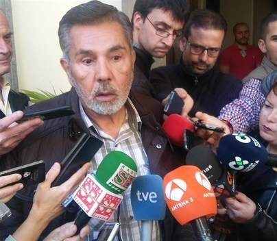 La oposición aplaza la moción de censura