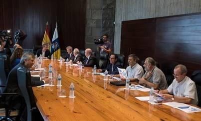 El Gobierno acuerda la adhesión de Canarias al Fondo de Facilidad Financiera