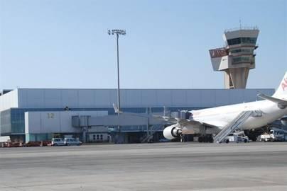 El centro de control de Canarias gestiona 186.759 vuelos hasta julio