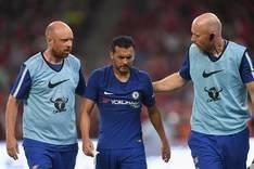 Pedro abandona la gira del Chelsea tras pasar la noche en el hospital