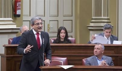 Rodríguez reclama que los 42 millones del PIEC 'lleguen a los parados' de Canarias