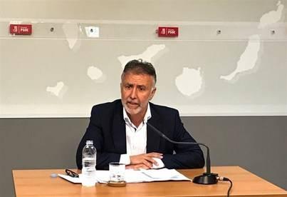 Ángel Víctor Torres sustituye a Patricia Hernández en la presidencia del grupo parlamentario socialista