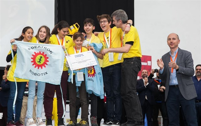 Aldeatron Robotix, segundo clasificado en la fase final de la First Lego League