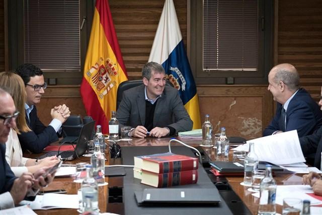 Clavijo pide a Cs que dé un 'paso' en Cataluña y que deje de andar 'enconando y agravando el problema'