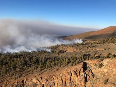 El Cabildo de Tenerife da por controlado el incendio de Granadilla