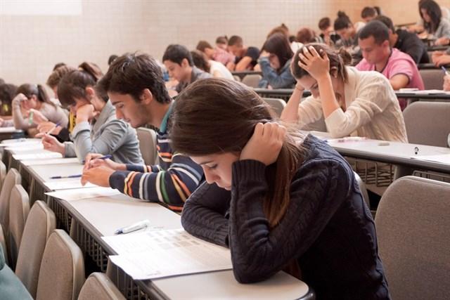 Más de 9.700 alumnos canarios realizarán los exámenes de la EBAU a partir de este miércoles