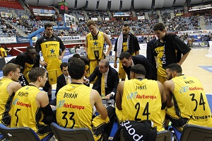 Sensacional tercer cuarto y victoria para Iberostar Tenerife