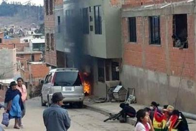 Arde Bolivia: Incendian la casa de una hermana de Evo Morales y de dos gobernadores