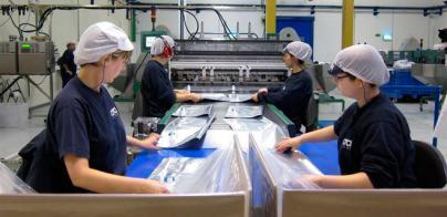 El crecimiento de la cifra de negocios en la industria canaria en mayo duplica la media española
