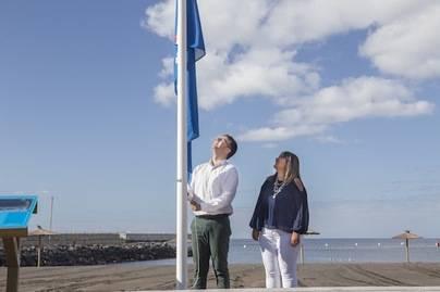 San Sebastián iza su bandera azul por primera vez en la historia