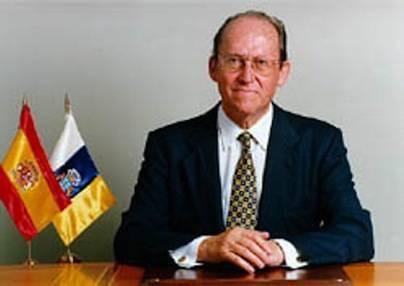 Fallece José Macías, un histórico de la política en Canarias