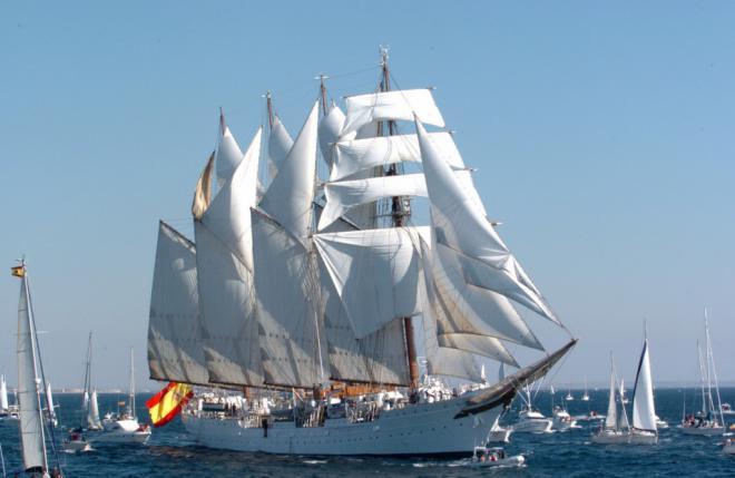 El 'Juan Sebastián de Elcano' atraca este jueves en el Arsenal Militar de Las Palmas