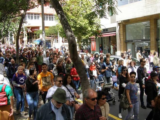 Manifestación contra la construcción de un hotel en La Tejita