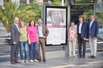Ámate lleva la iniciativa 'Tenerife Rosa' a las paradas del tranvía