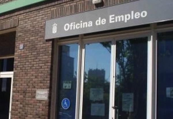 El paro cae en canarias en personas en mayo for Oficina empleo canarias