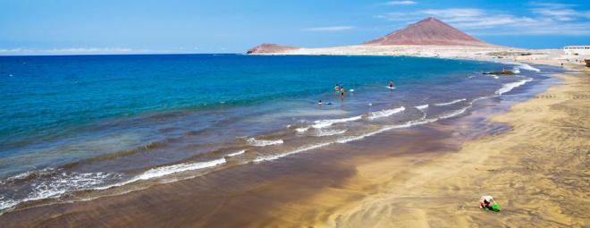 Se prohíbe el baño, de manera provisional, en la playa de El Médano