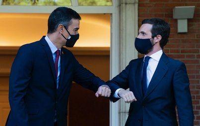 Sánchez recibe a Casado en la Moncloa