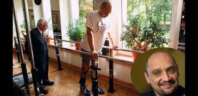 Un parapléjico vuelve a caminar gracias a un trasplante
