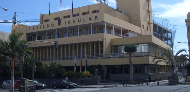 PSOE apuesta por una oficina antidesahucios para el Cabildo
