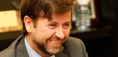 Alonso da prioridad al PSOE para un posible pacto