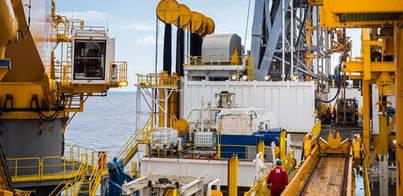 El petróleo Brent baja de 50$ por primera vez desde 2009