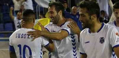 El Tenerife gana con gol de Maxi