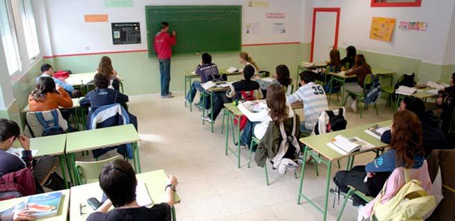 El STEC-IC presenta un decálogo para la defensa de la educación pública