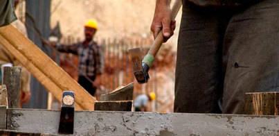 El Cabildo aprueba un plan para acelerar la recuperación de la construcción