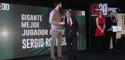 Cajasiete premia a Sergio Rodríguez como mejor jugador 2014