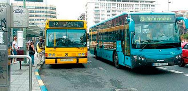 El transporte urbano en guagua experimenta una subida del 4,8%