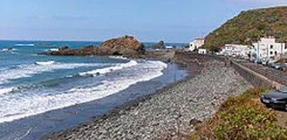 Costas acepta salvar los núcleos costeros de Anaga