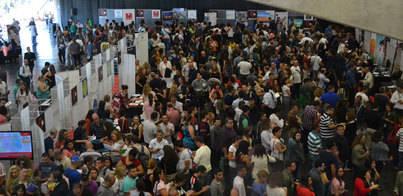 Más de 3.000 personas buscan trabajo en 'Expoempleo 2015'
