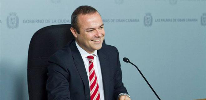 Hidalgo afirma que Las Palmas tiene que aumentar su número de plazas turísticas