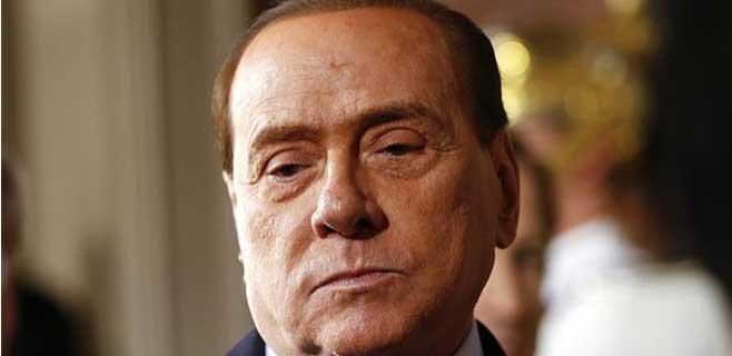 Berlusconi condenado a tres años de cárcel