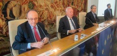 Margallo: 'Una lista sin políticos sería como un Barça sin futbolistas'