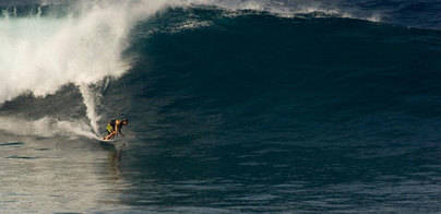 Una mujer muere al impactar contra ella un windsurfista
