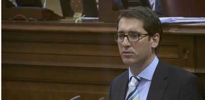 El PSOE se desmarca de CC y se une a la oposición en las enmiendas al FDCAN