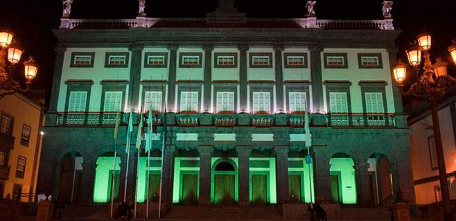 Las Palmas se ilumina de verde en apoyo a los discapacitados intelectuales