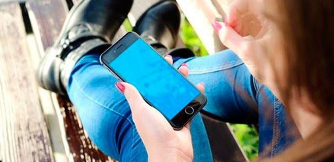 La tecnología 4G llega al 84,5% de los canarios y la fibra óptica al 44,2%