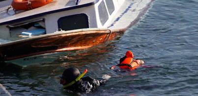 7 muertos al chocar una patera con un barco en Lesbos