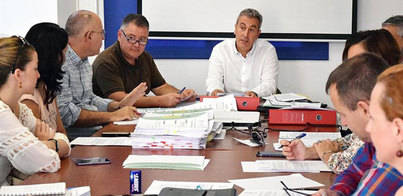 Santa Cruz destina más de 13 millones a programas de atención social
