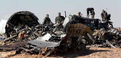 EEUU y Europa sugieren que una bomba hizo estallar el avión