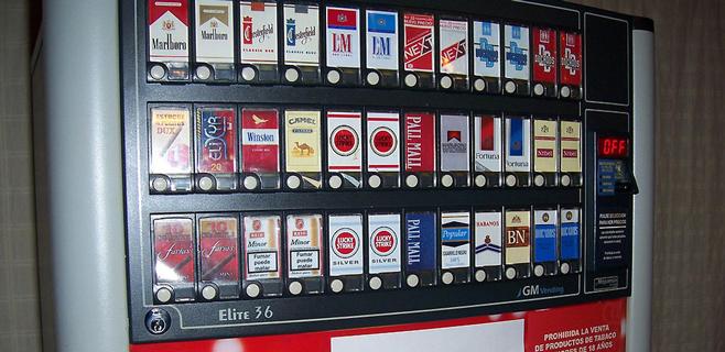 El precio del paquete de tabaco ha subido un 614% desde 1990
