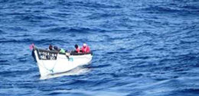 Localizan una patera con unas 27 personas a bordo al sur de Gran Canaria
